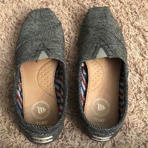 Toms chevron print shoes